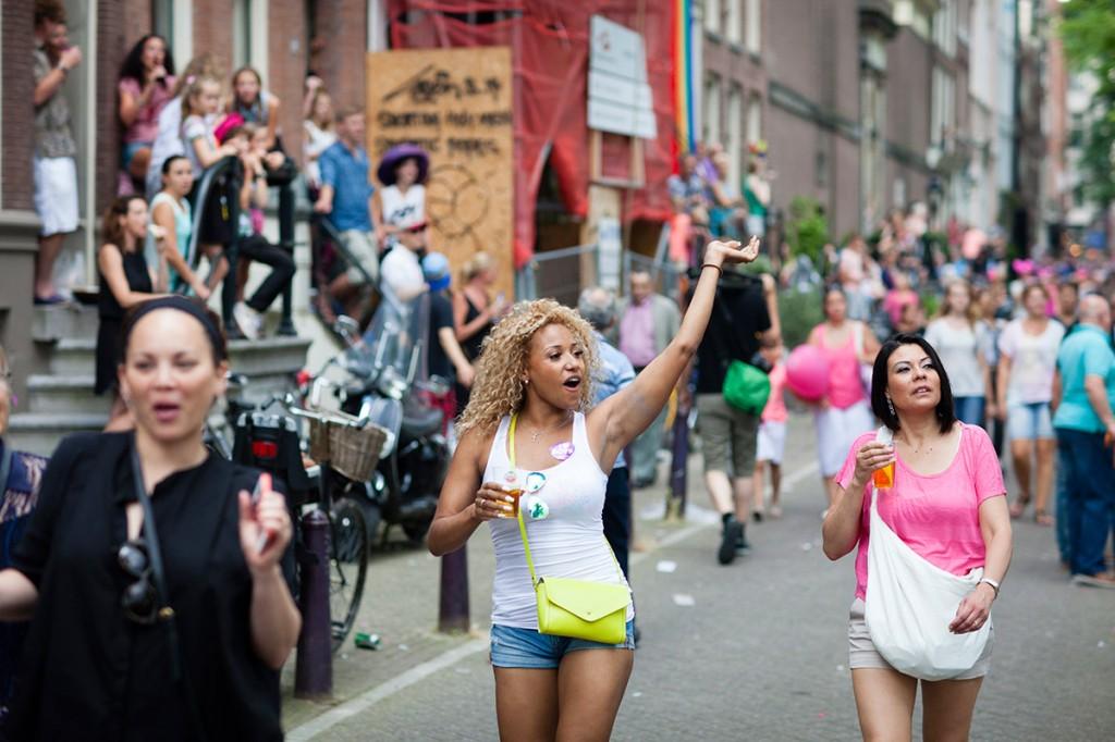 fotografie gay pride 2014 Amsterdam portret vaag achtergrond wazig fotocursus diafragma