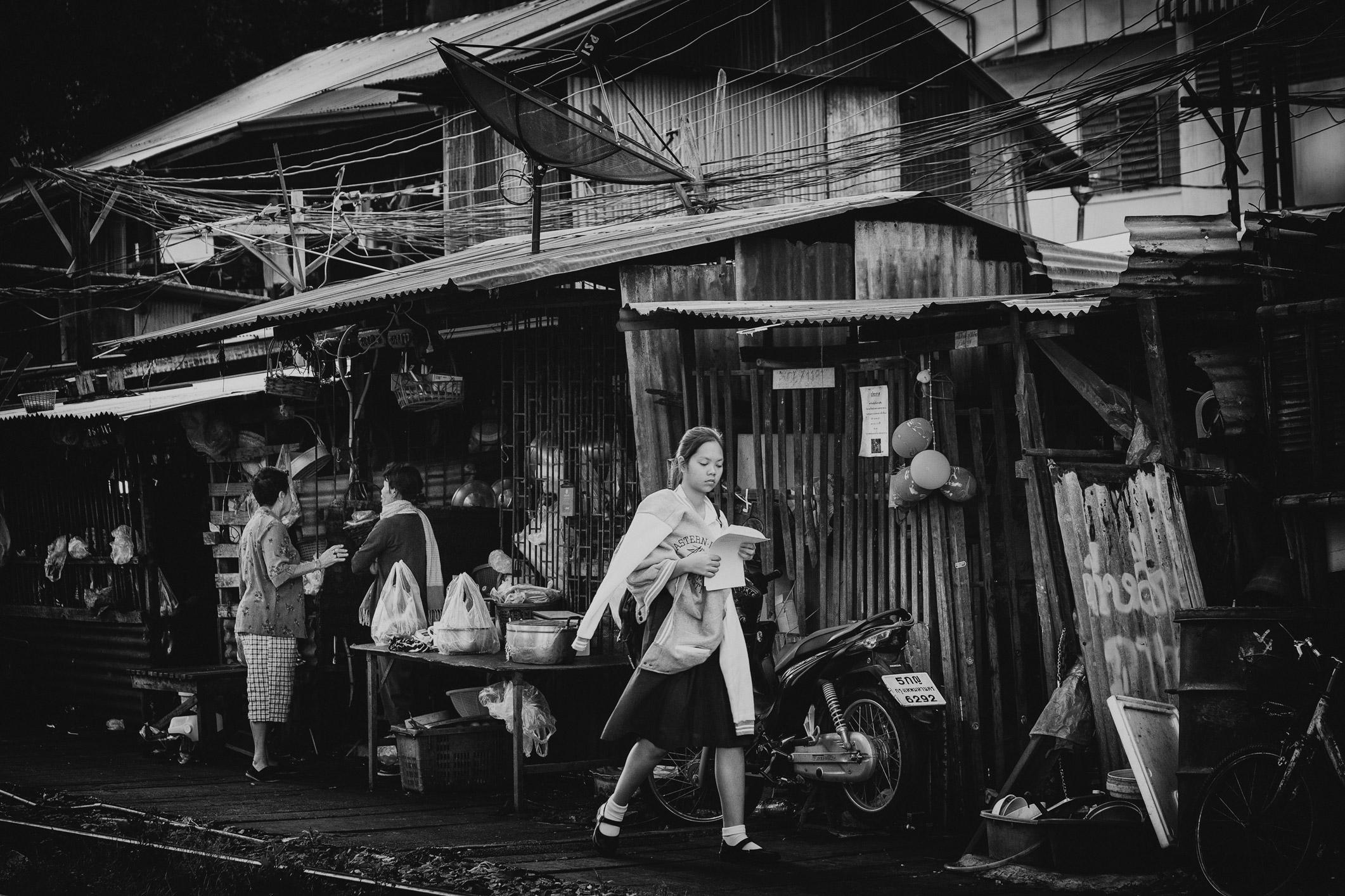 Bangkok: Langs de spoorlijn